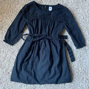 Girls beautiful Gap Eyelet Dress